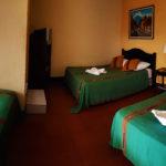 hotel-triple-room-antigua-guatemala-2